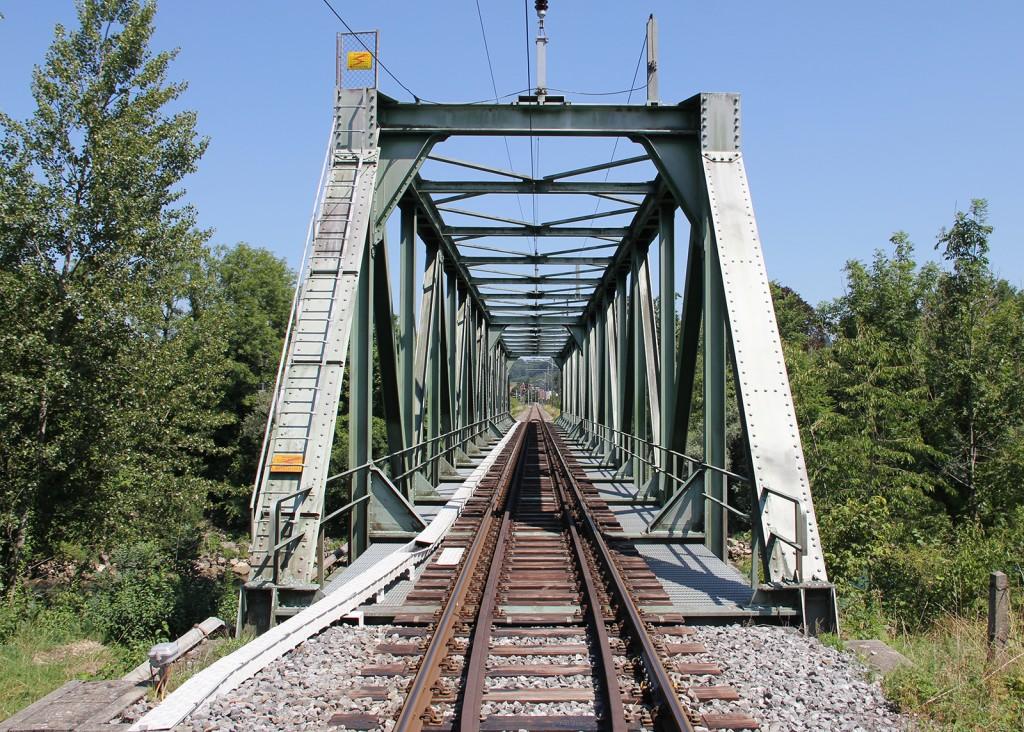 eisenbahnbrücke_aarberg_hagneckkanal_aare