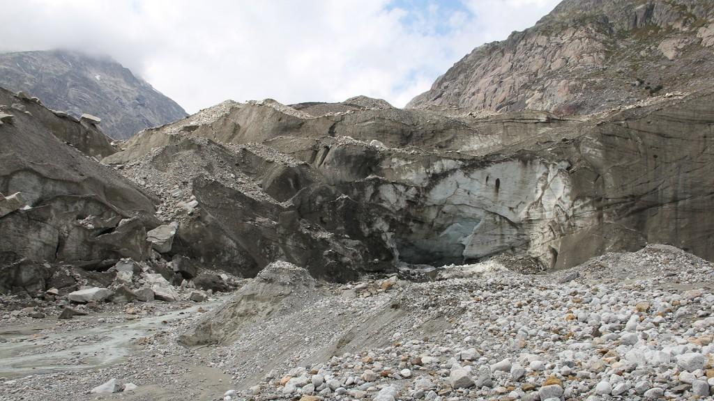 gletschervorfeld_unteraargletscher_schutthalden
