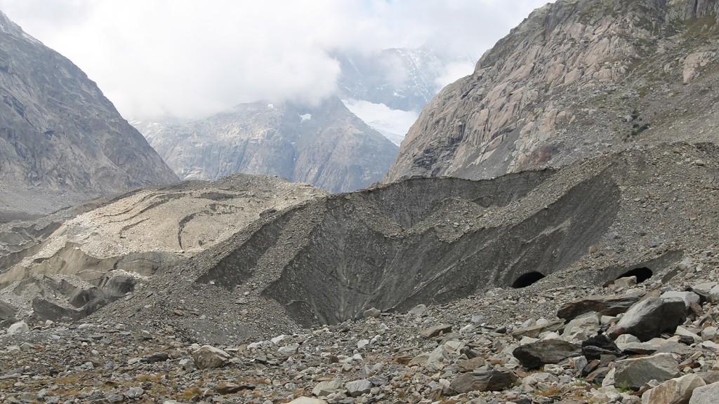 gletschervorfeld_unteraargletscher_schutthalden2