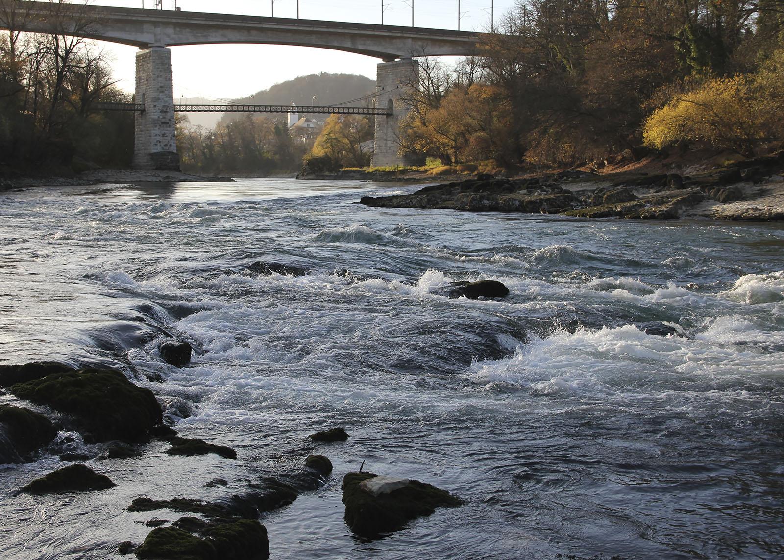 aareschlucht-brugg_niedrigwasser_stromschnelle