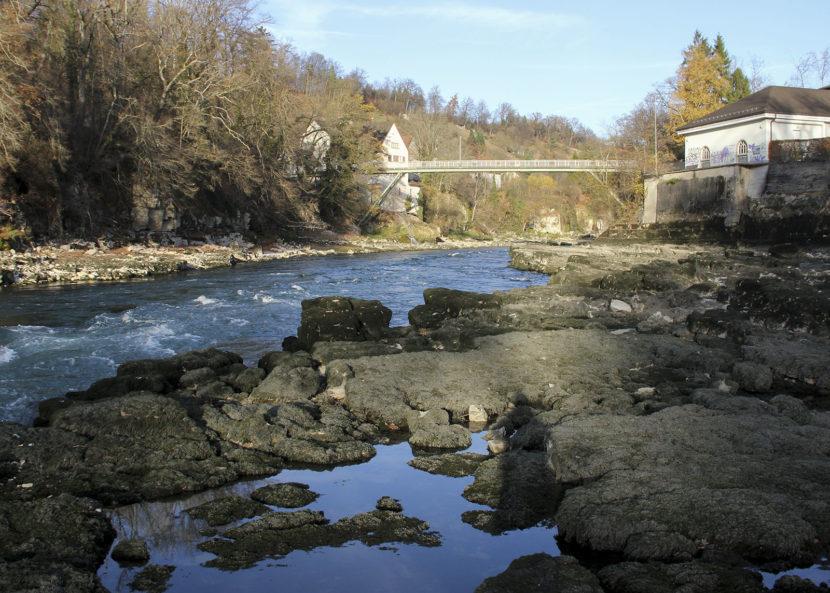 aareschlucht_brugg_niedrigwasser_elektrizitätswerk_felsen