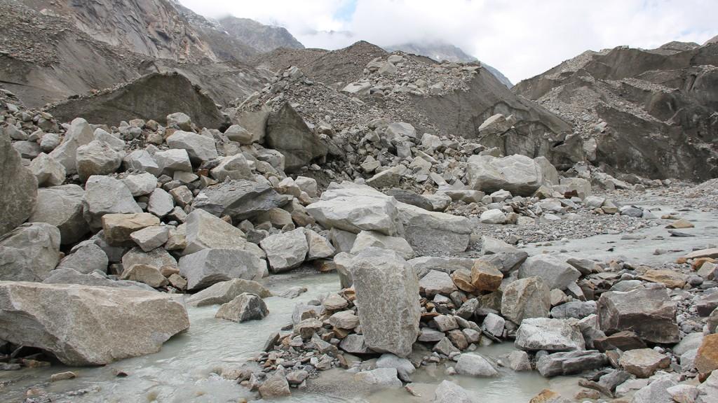 gletschervorfeld_unteraargletscher_aare